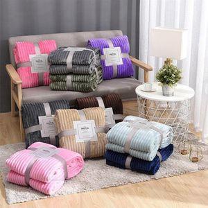 Flanelldecke Feste Gestreifte Decke Super weiche Decken Winter Warme Flaumige Bettdecke für Sofa Schlafzimmer Mechanische Waschendecke RRC4502
