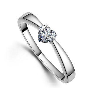 Кольца сердца Высокое Качество Любовь Очарование Пальца Ювелирные Изделия 925 Стерлингового Серебра Белый Позолоченные 1CT Швейцарские Алмазные кольца для Женщин 348 N2