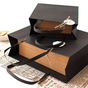 Blank Kraft Paper Bag Black Candy Bags Wedding Favors Gift Package 2021 New Year Birthday Party Decoration Takeaway Bags BEF3542