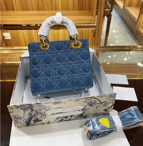 Lüks Tasarımcı Ünlü Prenses Lady Kadın Moda Vintage Debriyaj Çanta Çıkarılabilir Rozeti Geniş Bant Patent Deri Debriyaj Timsah Çanta