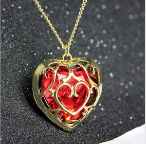 2021 Hot selling game peripherals hollow love crystal necklace zj-1761