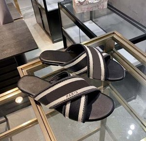 Sandali delle donne di modo Sandali Bohemian Diamond Pantofole Donna Flats Flip Flops Scarpe Summer Beach Slift sandali SH008 C1