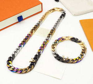 Europe America New Style Men Multicoloured Hardware Engraved V Initials Pattern Chain Links Patches Necklace Bracelet Jewelry Sets