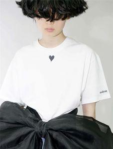 2021 Spring Summer Europe France Paris Black Heart Print Sleeve Letter Tshirt Fashion Mens T Shirts Women Clothes Casual Cotton Tee