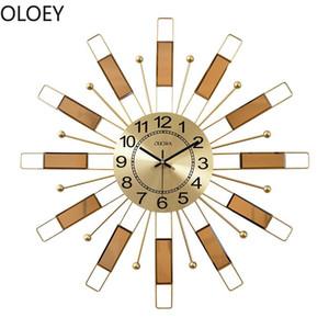 Luxury Large Watch Wall Clock Metal Gold Silent Wall Clock Modern Design Digital Clocks Home Decor Farmhouse Decor Creative