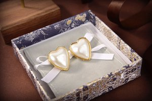 2021 Fashion Earrings European and American Ladies Christmas Alloy Exaggerated Stud Earrings Female Circle Pearl Designer Earrings for Gift
