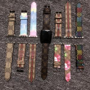 ل Apple Watch Stand Lettle Leather for Apple Watch Strap 38-40mm / 42-44mm الأشرطة المصممة الفاخرة ل IWatch 6 5 4 3 Strap