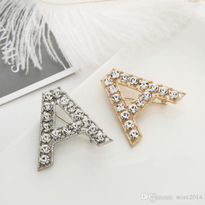 New Men Women Fashion Full Rhinestone Letters Pins Brooches Gold Silver Plated Letters Bling Bling Brooches Pins For Party Wedding
