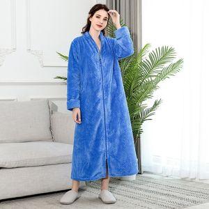 Nouvelle fermeture à glissière Velvet Bathrobe Automnwinter Plus Augmentation de la chemise de nuit Men Femmes Épaissement Pajamas Flanelle Home Service 201027