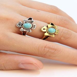Trendiger kreisförmiger natürlicher türkisfarbener Ring antiker versilberter Ringe chinesischer tibetischer Stil für Männer und Frauen geeignet