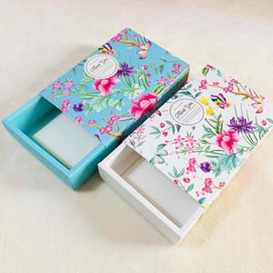 Çiçek Tasarım Peynir Doğum Günü Pastası Kağıt Kutu Mooncake Çerez Konteyner Snacks Hediye Kutuları Toptan AHD2953 Paketleme