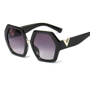 Novo Ins Stylish Irregular polígonos popular designer de luxo letra de metal grande v moda óculos de sol para mulheres homens senhoras feminina