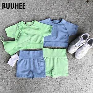 RUUHEE 3 Stück Seamless Sets Bras kurze Hosen Solide hohe Taillen-Trainings-Kleidung für Gym Yoga Set Frauen