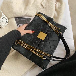 Small Uganda light leather bag female robber, high-end shoulder bag for festivals, and lax handbag for winter 2012