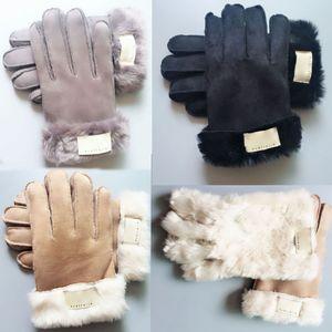 Luvas de pele de moda Luvas de desenhador de marca mulheres homens inverno luvas de luxo quentes muito boa qualidade Cinco dedos cobre gwe3265