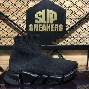 Самые высокие качества Пары Модные дизайнеры Обувь Женская скорость 2.0 Кроссовки Мужчины Женщины Triple S Черные открытые платформы Носки вскользь