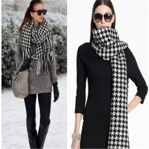 2021Fashionable ho7sells female scarf shawl warm luxurious female autumn winter scarf is the good collocation of air conditioning room