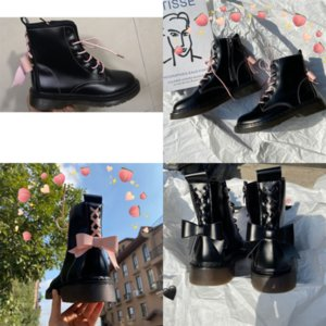 Goaf9 мода мужские ботинки высокого качества сапоги дизайнер тройной мужской женской кожаной кожаной зимней ботинок для ковбойской черной обуви TBL белый