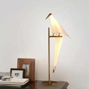Modern Iron Swing Origami Bird Table Lamp Home Camera da letto comodino Lettura Lettura LED Light Fixture