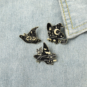 Halloween Magic Hats Enamel Pins Black White Witch Cute Cats Broom Brooches Gift For Friend Party Jewelry Women Lapel Pins Clothes Bags