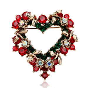 Korean Fashion Heart-Shaped Christmas Brooch Diamond Flower Pin Clothes Accessories Gift Versatile Brooch HD