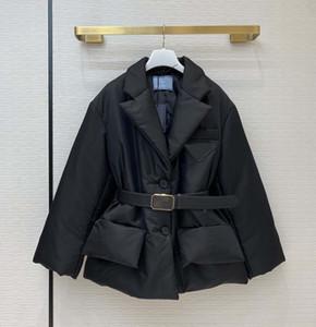 Женщины Parkas Parts с аппаратным перевернутым треугольником Женщины Зимние толстые пальто Suitsblazers Style поставляется с размером ремня 36 38 40 черный серый