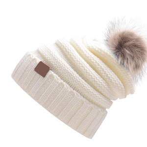 Winter New Ladies Hairball Woolen Hat With Label Knitted Women Warm Cap Casual Outdoor Fashion Hats 15 COLOR