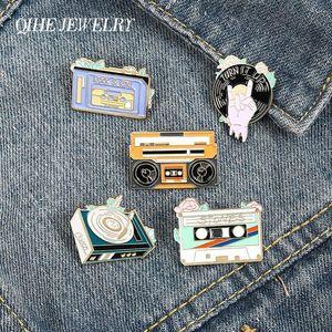 Idade do recorde Rádio Esmalte Lapel Pins Rock Music Fita Brooches Badges Moda Cute Pins presentes para amigos jóias por atacado