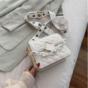 The new fashion fashion in summer 2020 web celebrity single shoulder bag with wide shoulder strap web celebrity cross body small square bag