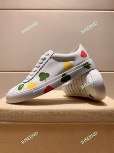 2020 latest walking jogging running shoes casual men's sports shoes fashion trend white hand-painted pattern casual shoes
