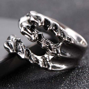 Punk Rock Stainless Steel Mens Resizable Dragon Claw Rings Vintage Gothic Jewelry Silver Color Dragon Claw Men Ring ps0841