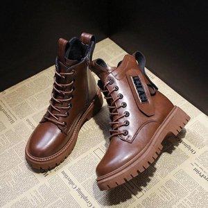 New Martin Boots Women's Warm e Velvet Stivali da neve Stivali da donna resistente all'usura Scarpe da donna Solid Color All-Match Casual # J401