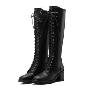 뜨거운 판매 2020 품질 진짜 가죽 신발 여성 무릎 높은 부츠는 우편 가을 패션 오토바이 여자 레이스
