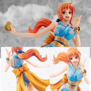 22.5 cm Anime One Piece Nami Şekil Kısa Etek Kadın Ninja PVC Action Figure Koleksiyon Bebek Oyuncakları Modeli Çocuklar için X0121