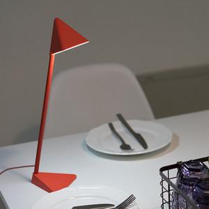 Simple LED Sent Sriangle Desk Lamp Creative Smart USB Charging Touch Detachable LED Desktop Student Reading Eye Protection Lamp