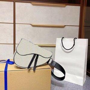20SS роскошный дизайнер Baby модные сумки крест в сундук для тела упаковки карманные сумки буква металлик огорченный холст вышитый