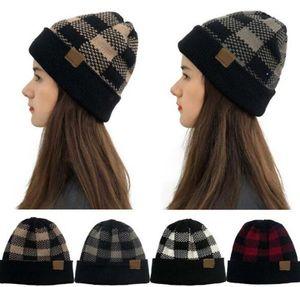 Mujeres Plaid Plaid Taps Fashion Christmas Grid Gorros Invierno Warm Wool Casual Knitting Hat Party Sombreros Suministros con etiqueta DHC3872