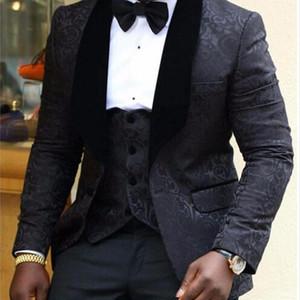 Brand New Groomsmen Shawl Lapel Groom Tuxedos Red White Black Men Suits Wedding Best Man Blazer (Jacket+Pants+Tie+Vest) C45