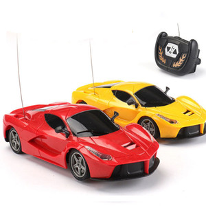 Remote Control Car Children Outdoor Playing 1:24 Scale Super Automobile Model Radio Control 2 Channels Rc Car Baby Toys LJ200918