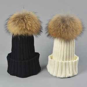 Designer Ladies Knitted Rib Beanies With Real Raccoon Dog Hair Ball Children Fancy Plain Fur Pom Winter Hats Womens Kids Skull Slouchy Cap
