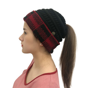 Adults Winter Knit Hats Womens Ponytail Hat Beanies Plaid Patchwork Crochet Hat with Face Mask Button Sport Knitted Skull Caps CCA2262