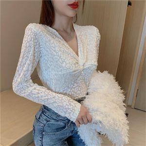 New autumn women's slim v-neck low-cut t-shirt women's long-sleeved leopard print loose all-match top bottoming shirt 2020