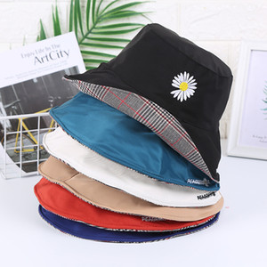 Four Seasons Mens Cap Fashion Stingy Brim Hats with Print Pattern Breathable Casual Fitted Beach Hats with letters Optional High Quality