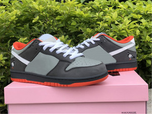 새로운 릴리스 덩크 SB 스테이플 NYC 비둘기 낮은 스케이트 보드 신발 남성 여성 중간 회색 흰색 어두운 회색 비둘기 야외 운동화 원래 상자