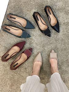 2020 nuevos tacones altos de los tacones puntiagudos con punta de los pies del tacón de los pies 5,5 cm de la muchacha de las mujeres de la moda sexy desnuda desnuda, el tamaño negro rojo 35-40