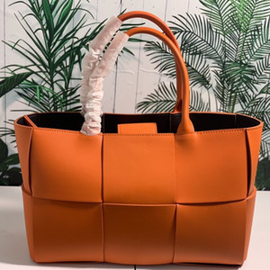 Star same style leather knitting large capacity hand-held Tote mother and son bag single shoulder bag cowhide underarm shopping bag