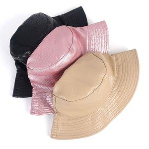 Chapeau de pêcheur en cuir PU femmes imperméables à double face Bucket chapeaux Lady 2020 Crocodile motif Spring Automne Casquette Appartement 17 9ZC G2