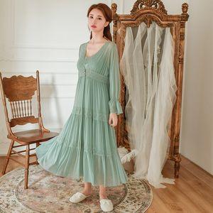 Soft Modal 2 Pieces Women's Robe Sets Spring Autumn Vintage Princess Gauze Long Sleepwear Girls Tiered Night Dress Home Wear Y200425