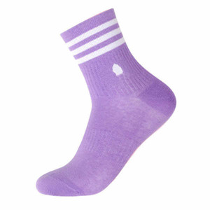 Fashion Mens Womens Socks for Sports Casual Spring Autumn Outside Socks High Quality Men Stocking Colorful Stockings Free Size