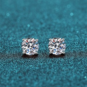BOEYCJR 925 Classic Silver 0.5 1 1.5ct F color Moissanite VVS Fine Jewelry Diamond Stud Earring With certificate for Women Gift Q1121